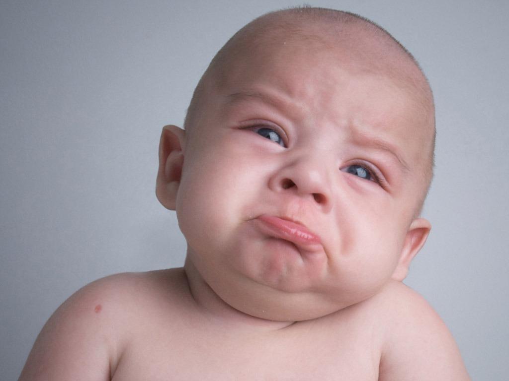 bimbo che piange trauma alla nascita