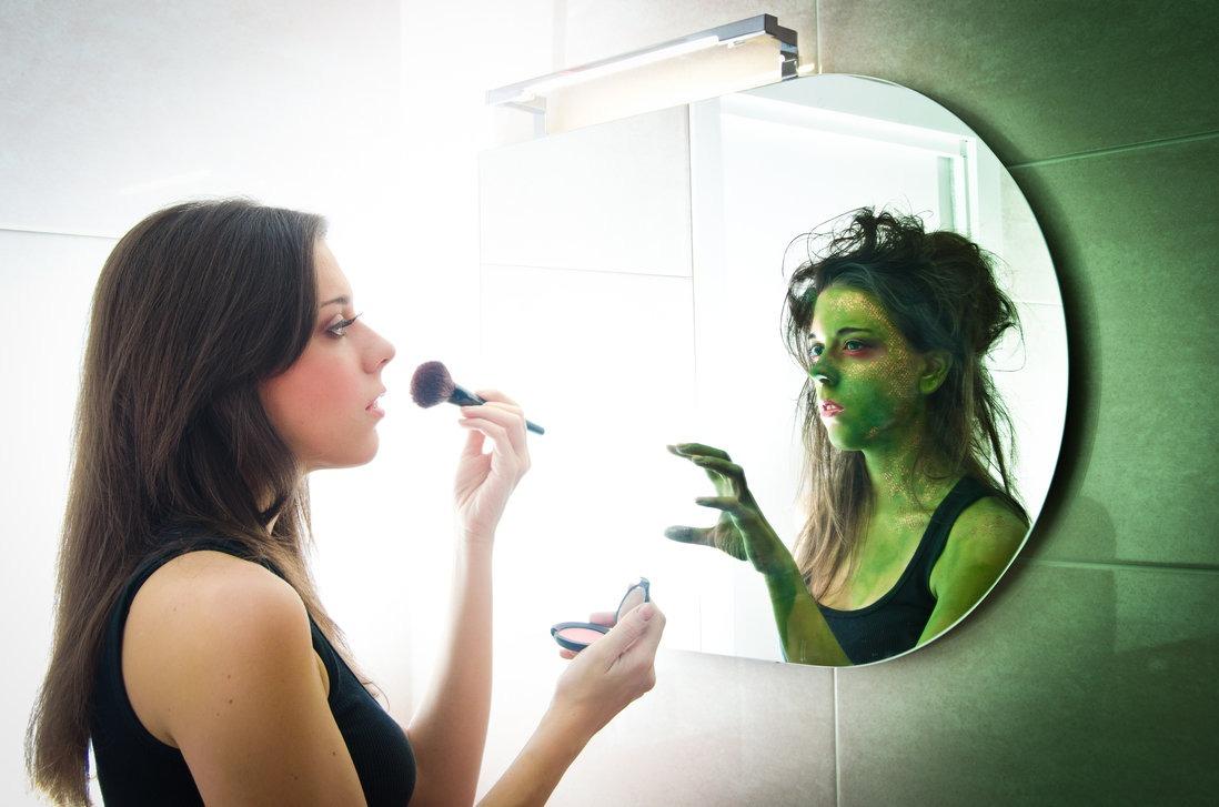 emozioni dei bambini donna allo specchio
