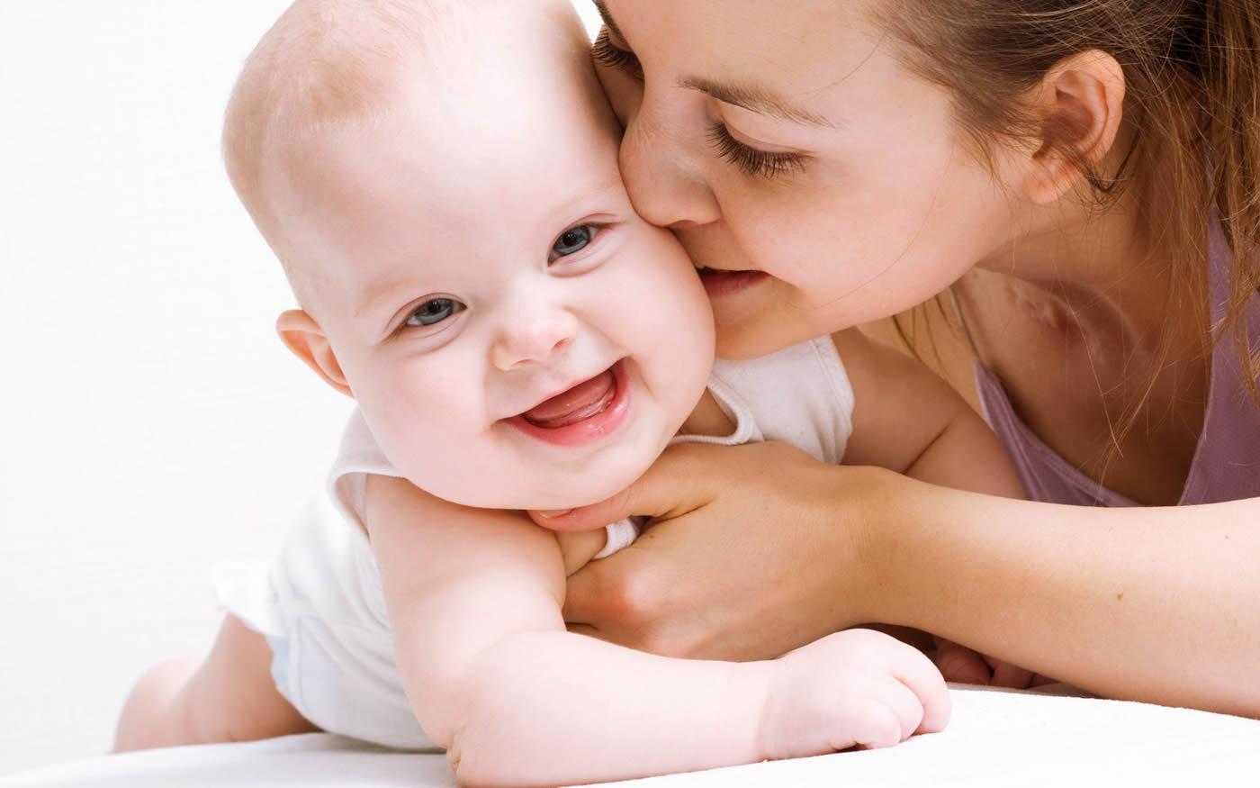 una mamma con il suo bambino