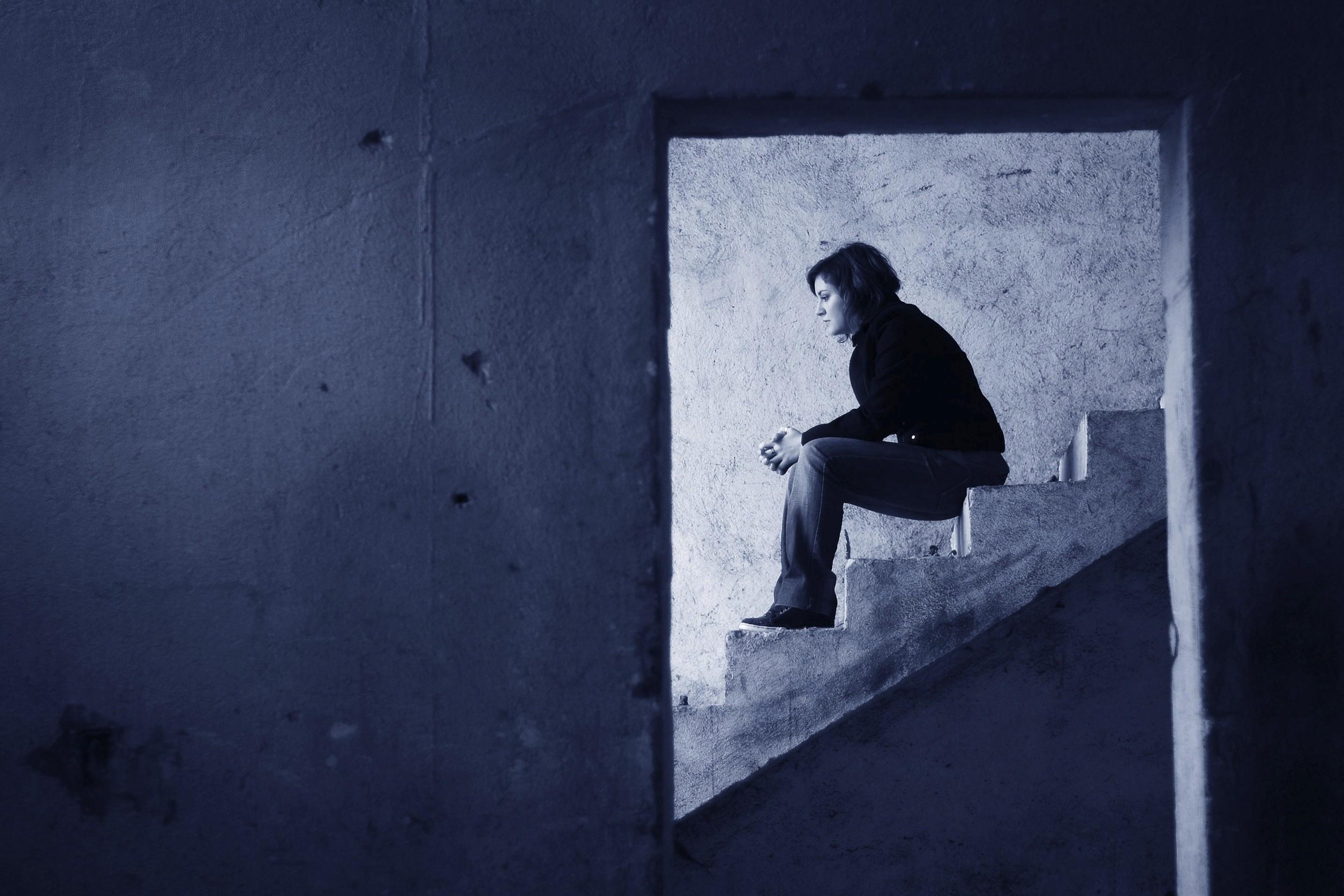 come sconfiggere la paura della solitudine